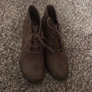 Mia brown booties